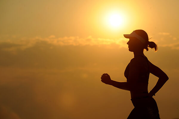 Woman-running-after-listening-to-healthy-money-saving-tips