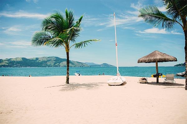 Luxurious beach and ocean.