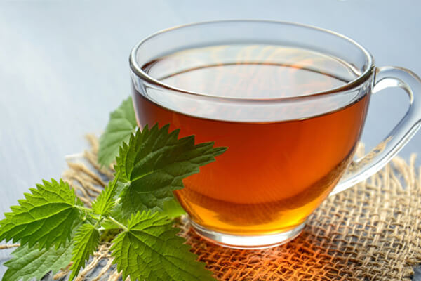 Drinks for easy digestion and upset stomachs: Peppermint tea