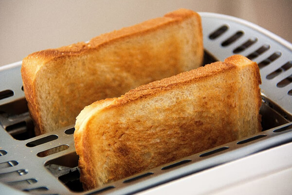 Toast bread is easily digestible food for your stomach